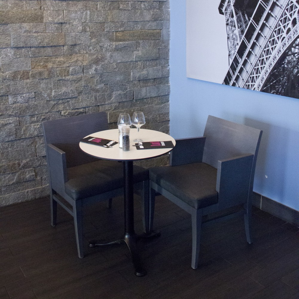 plateau de table 754 blanc polaire chant noir plateaux de table en stratifi compact. Black Bedroom Furniture Sets. Home Design Ideas